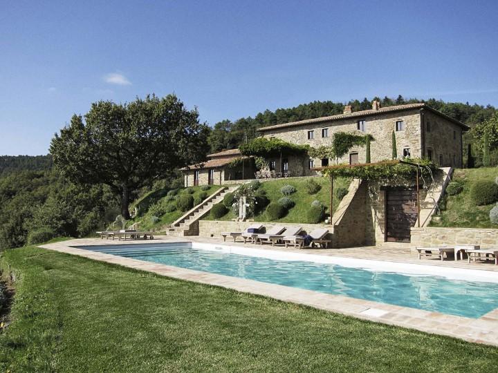 Gorgeous Italian mansion