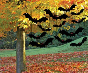 Hanging bat Halloween yard decoration