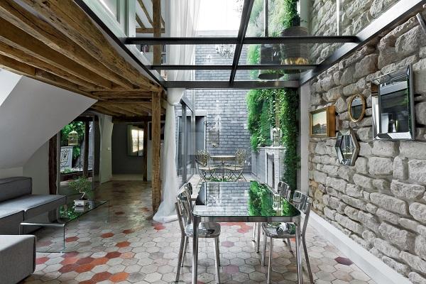 Impressive duplex with its own inspiring interior architecture