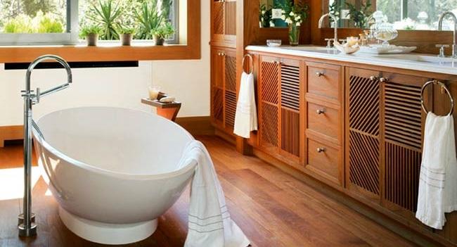 Simple and beautiful wood bathroom