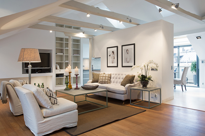 Stunningly simple renovated penthouse