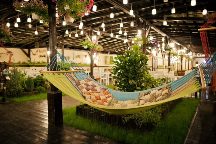 Adorable pub offers fun times and adventurous design