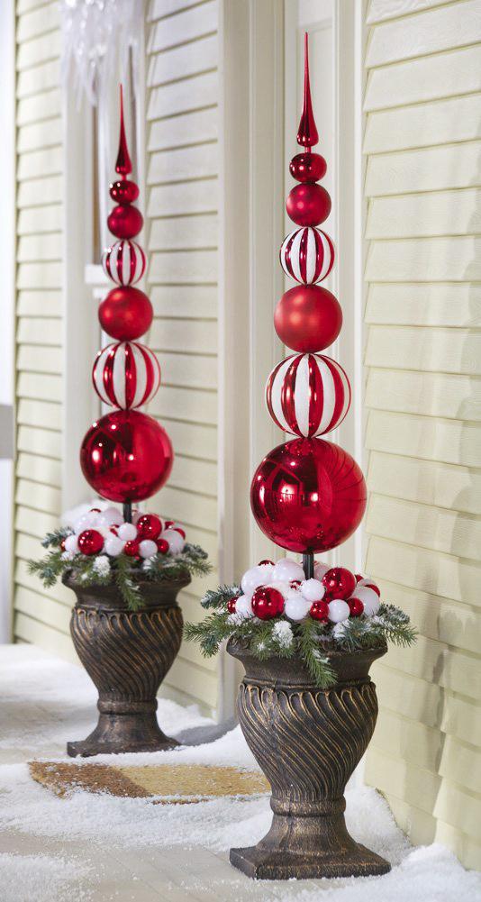 Christmas-Ball-Finial-Topiary-Stake