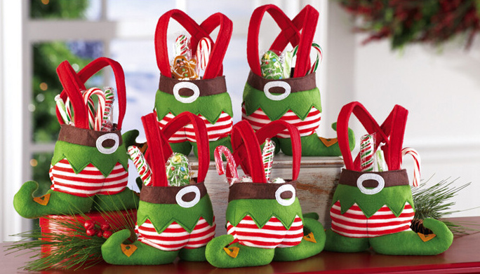 Christmas-Treat-Bags-With-Elf-Design