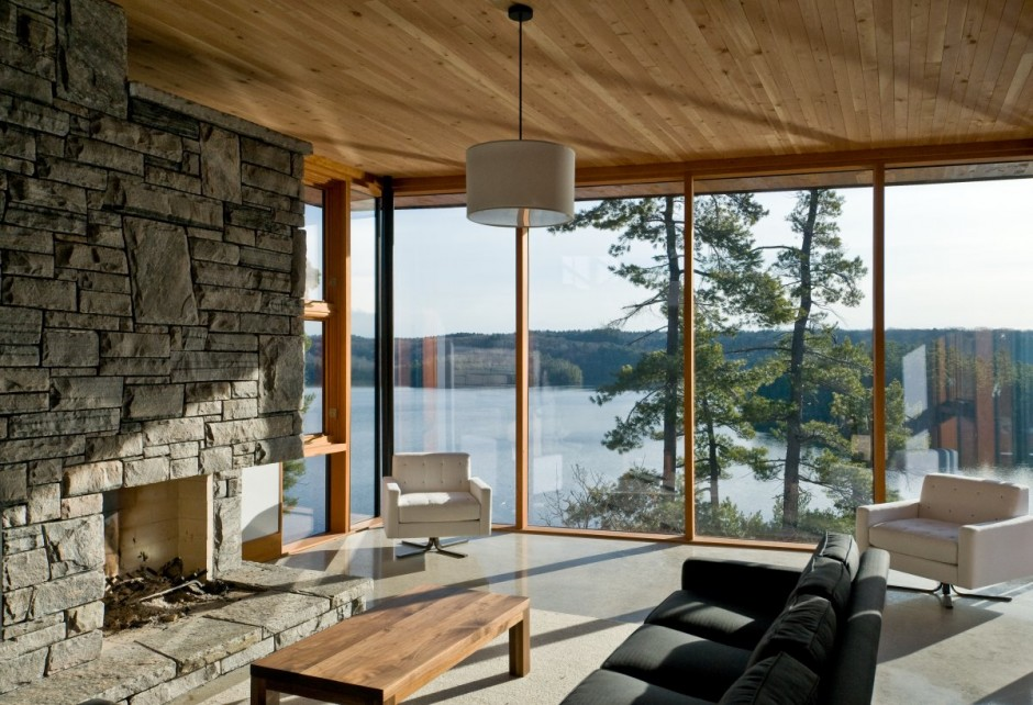 A beautifully and intelligently designed cliff house