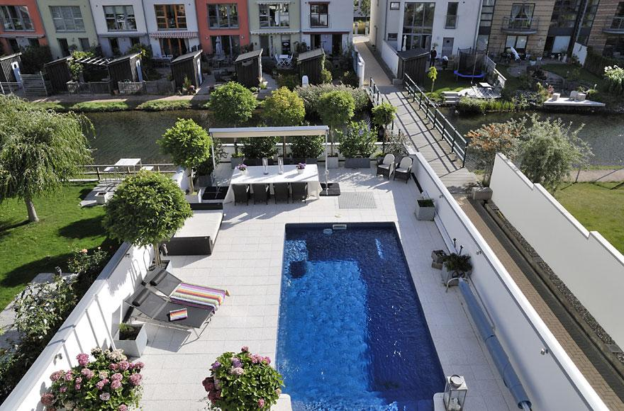 Beautiful home with a terrace garden