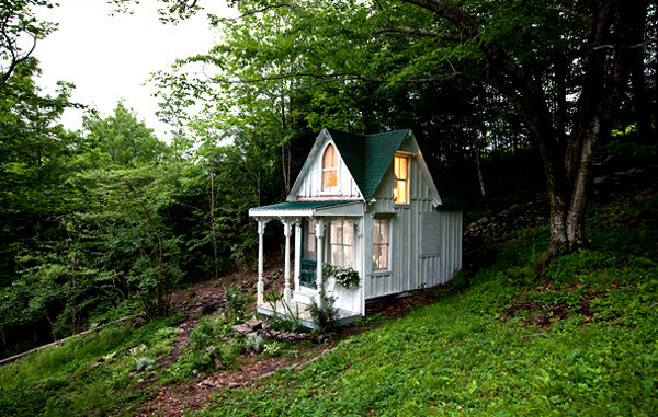 Beautiful Tiny Victorian Cottage Adorable Home
