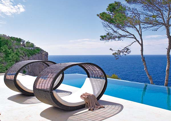 This Mediterranean home is a haven of serenity and beauty (1)