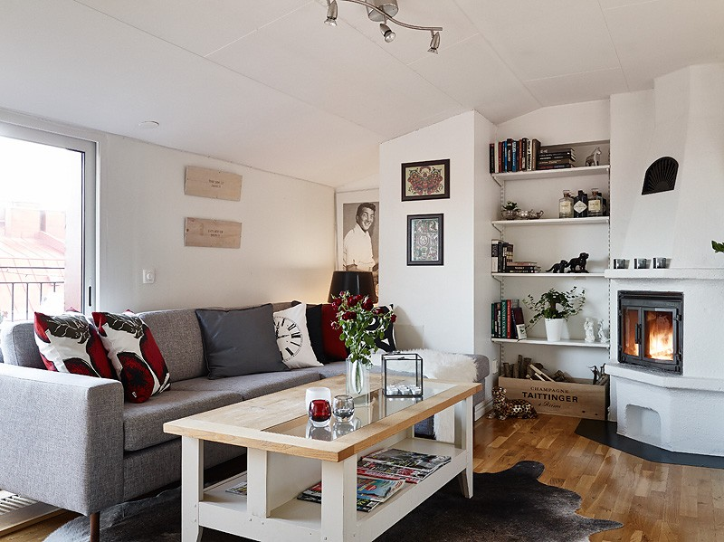 A very white and gorgeous apartment