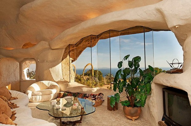A wonderful Flinstone home