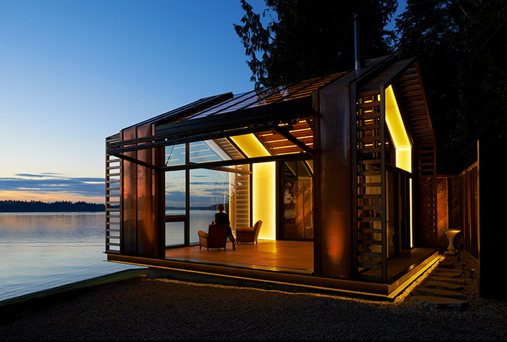 Contemporary space on the shore