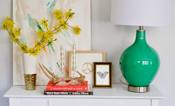 Decorating with Flowers and Florals for Spring