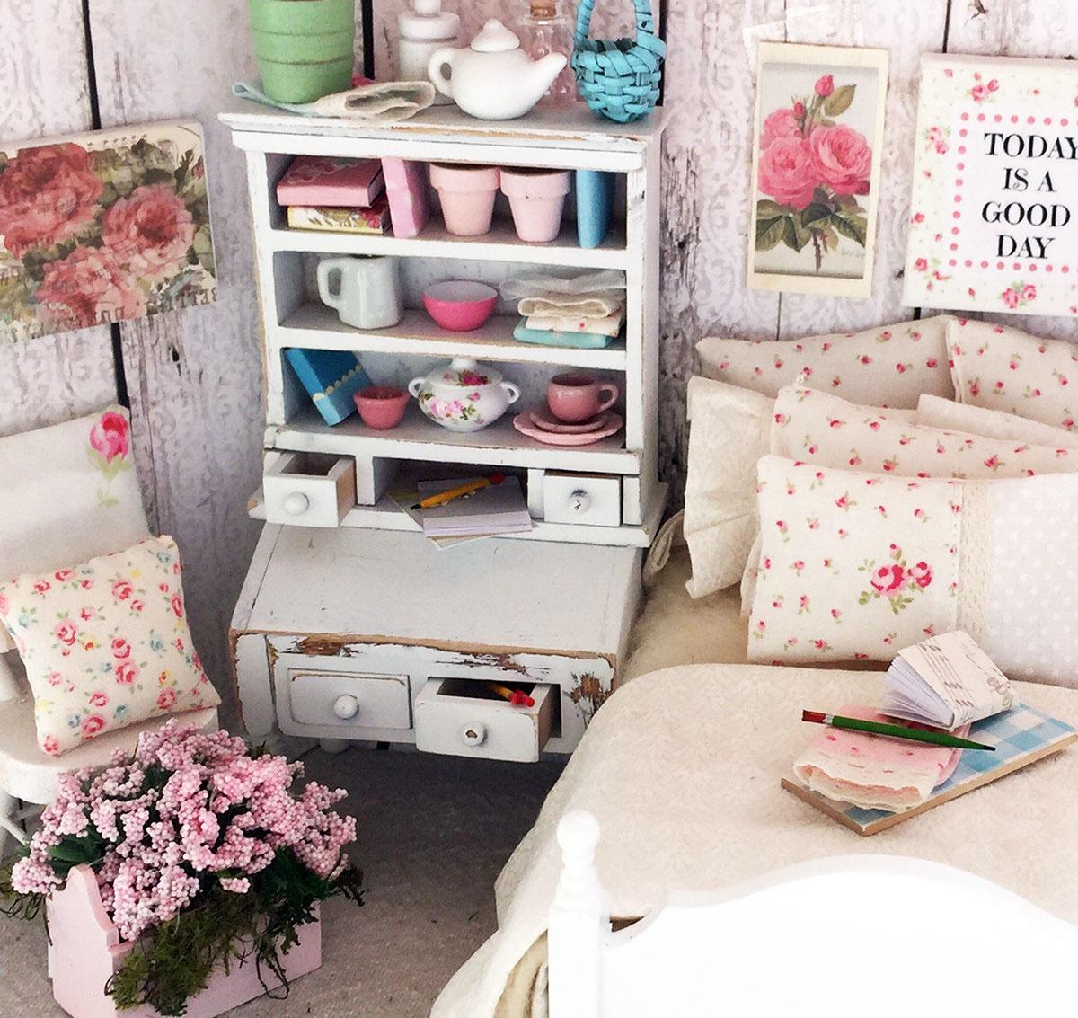 Shabby chic dollhouse bedroom