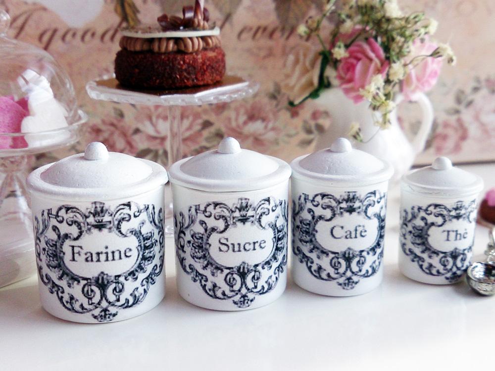 Miniature jars