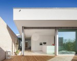 Single storey house in Portugal will blow your mind