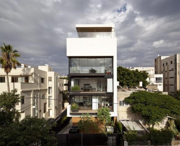 Striking Tel Aviv town house
