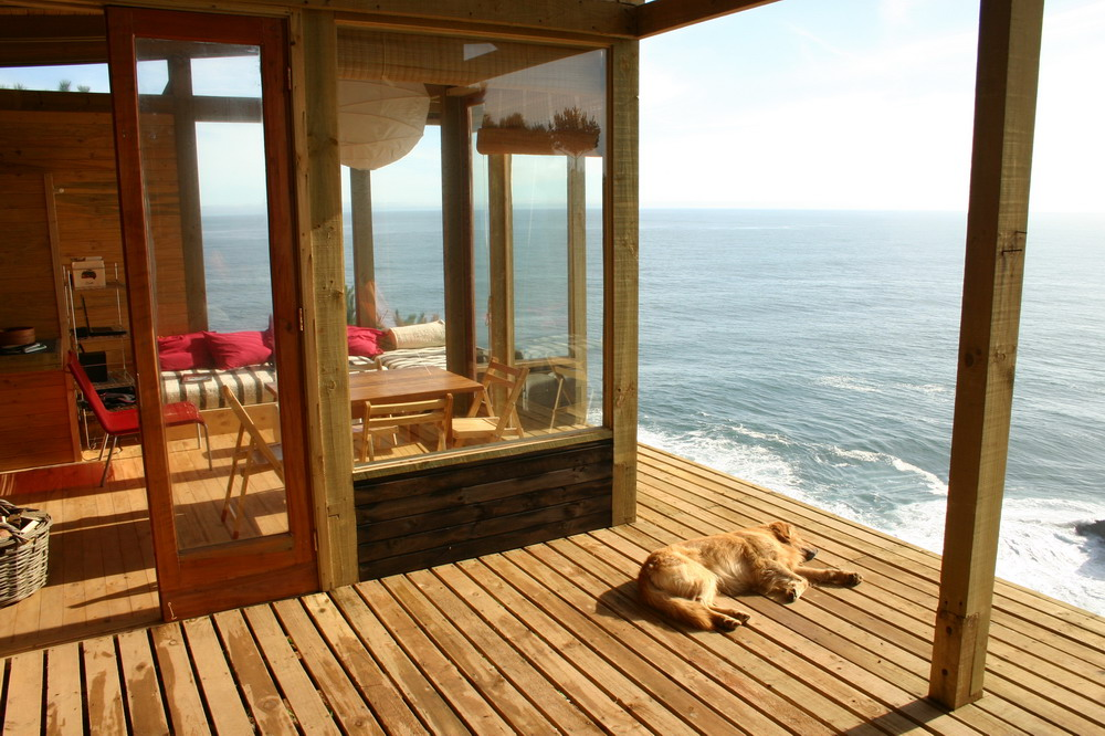 Stunning wood cabin with a view to die for