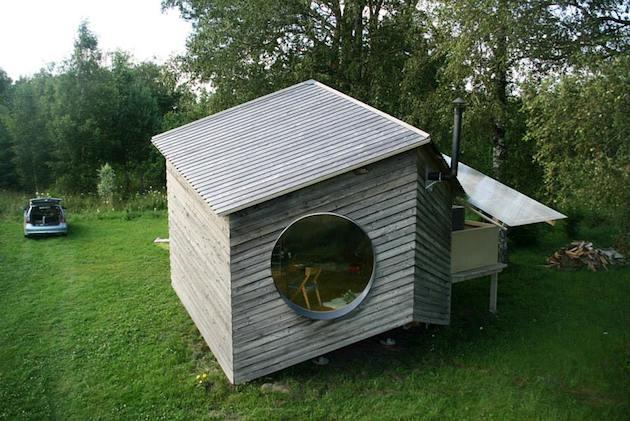 Asymmetric garden house