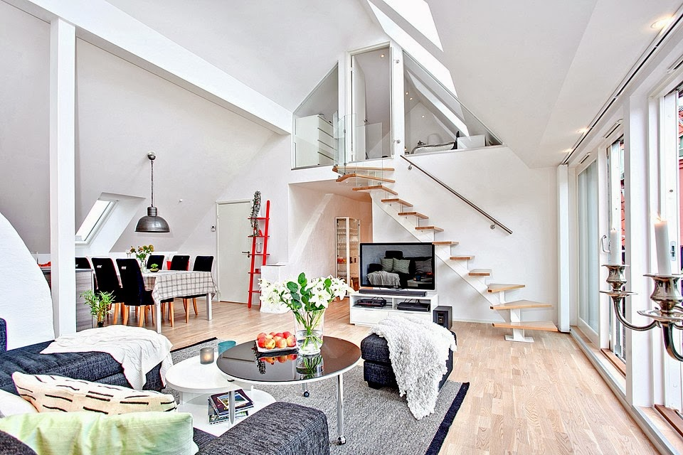 Bright loft in Sweden with beautiful features
