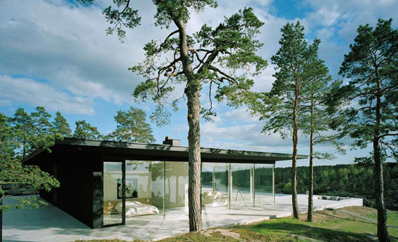 Glass summer house in Sweden
