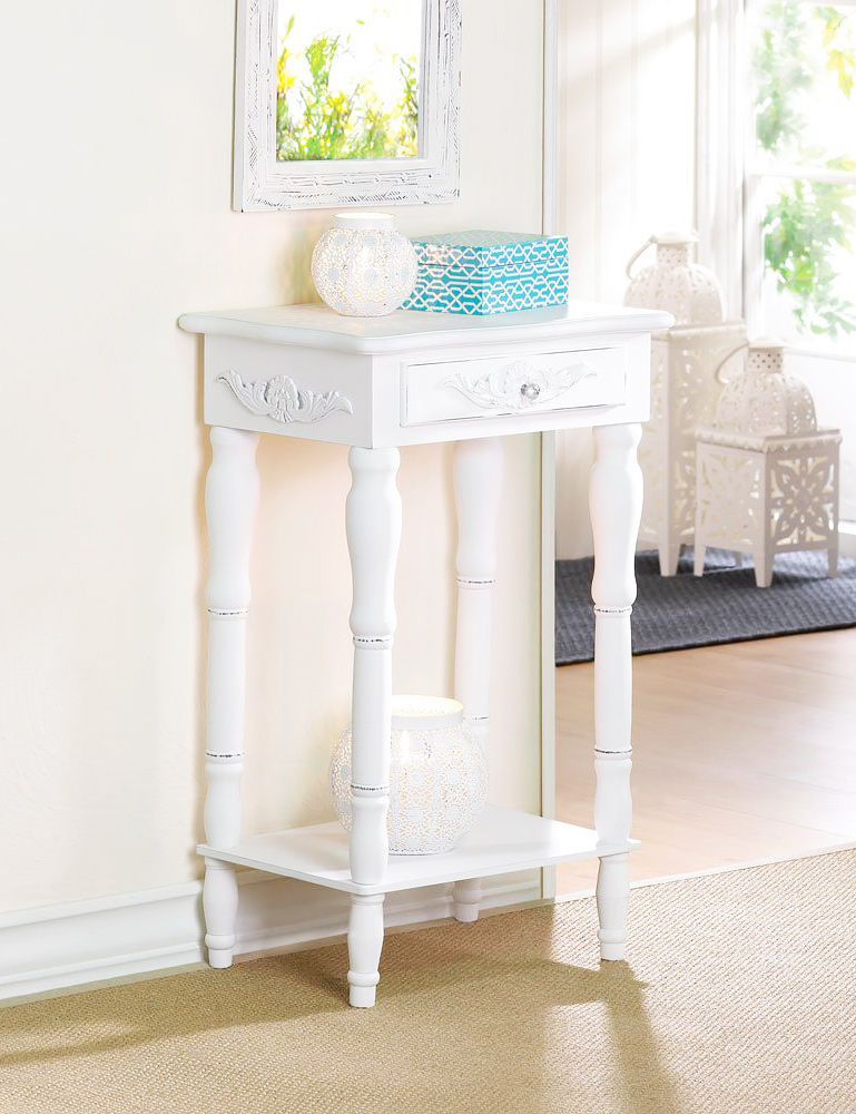 Great Shabby Chic Side Table