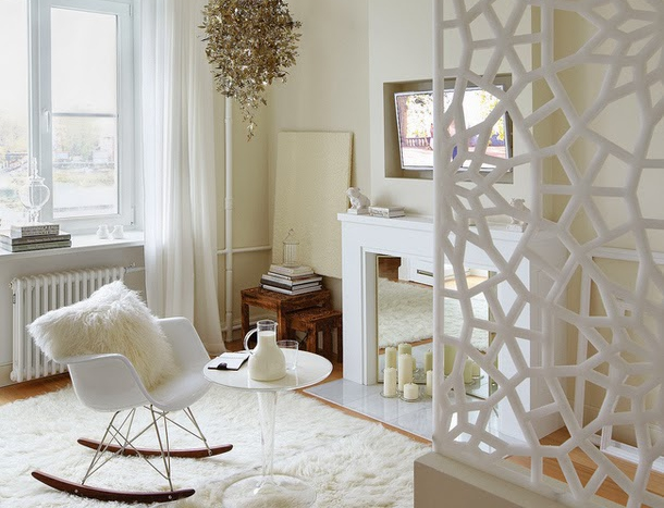 Tiny white apartment is inspiring