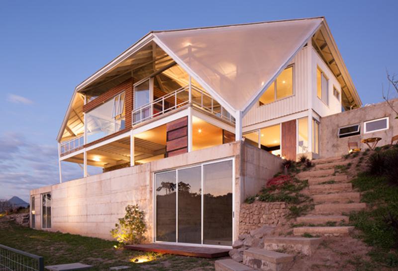 Futuristic artscapes: multiple decks for homes of the future