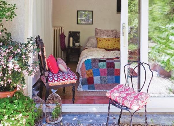 Stylish, Parisian twenties house