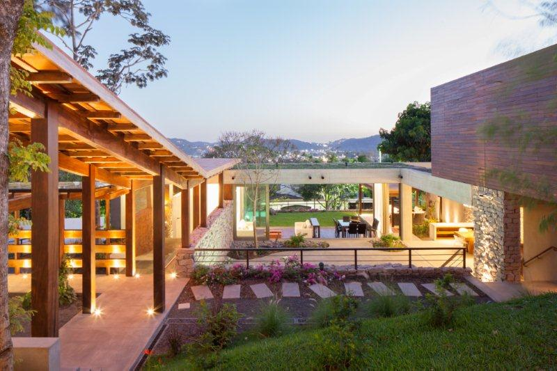 The Stone Age: a contemporary stone house with longevity