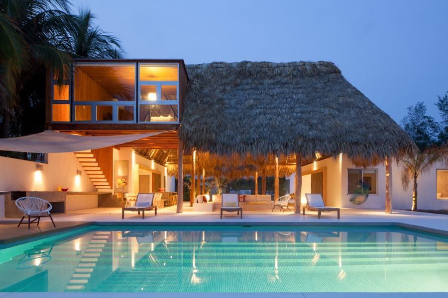 Tropical dreams island style homes adorable home for Home design el salvador