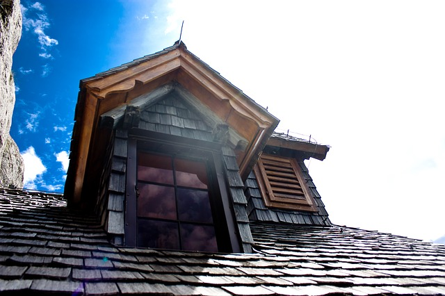 What to consider when choosing a new roof for your house