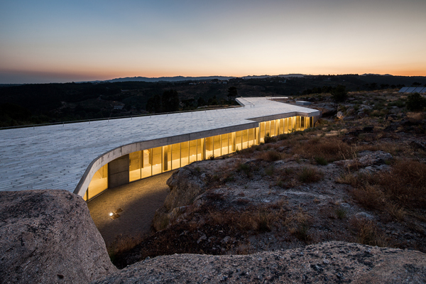 Minimalist guesthouse in Portugal