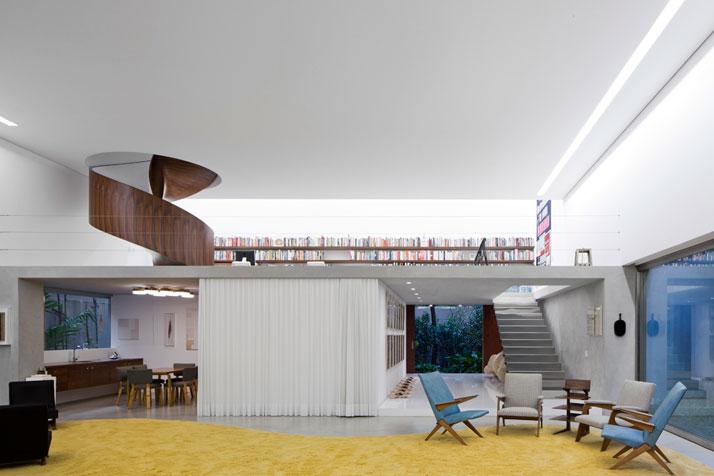 Modern minimalist house in Brazil