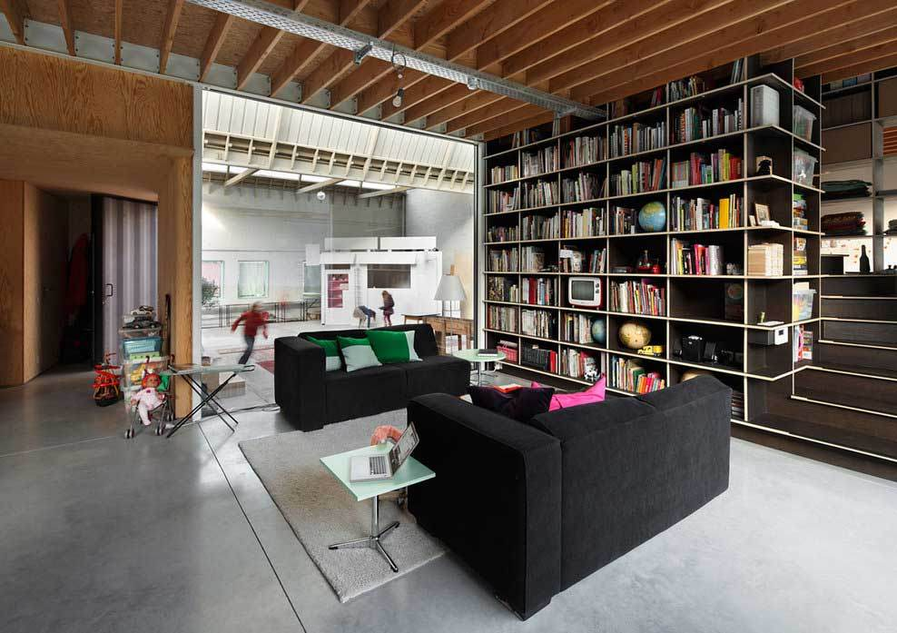 Amazing conversion: the Bomastraat house
