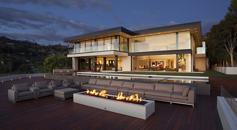 Luxury residence in the city of angels