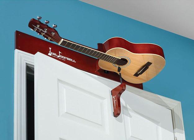 Snazzy-Guitar-Doorbell
