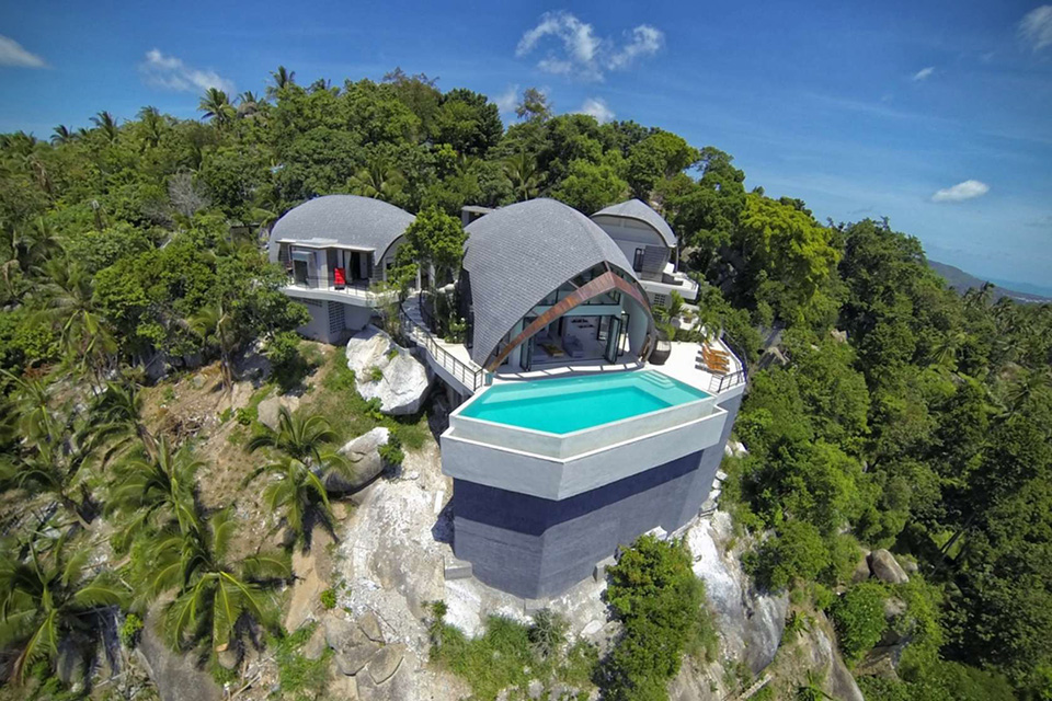 Stunning villa on top of the world