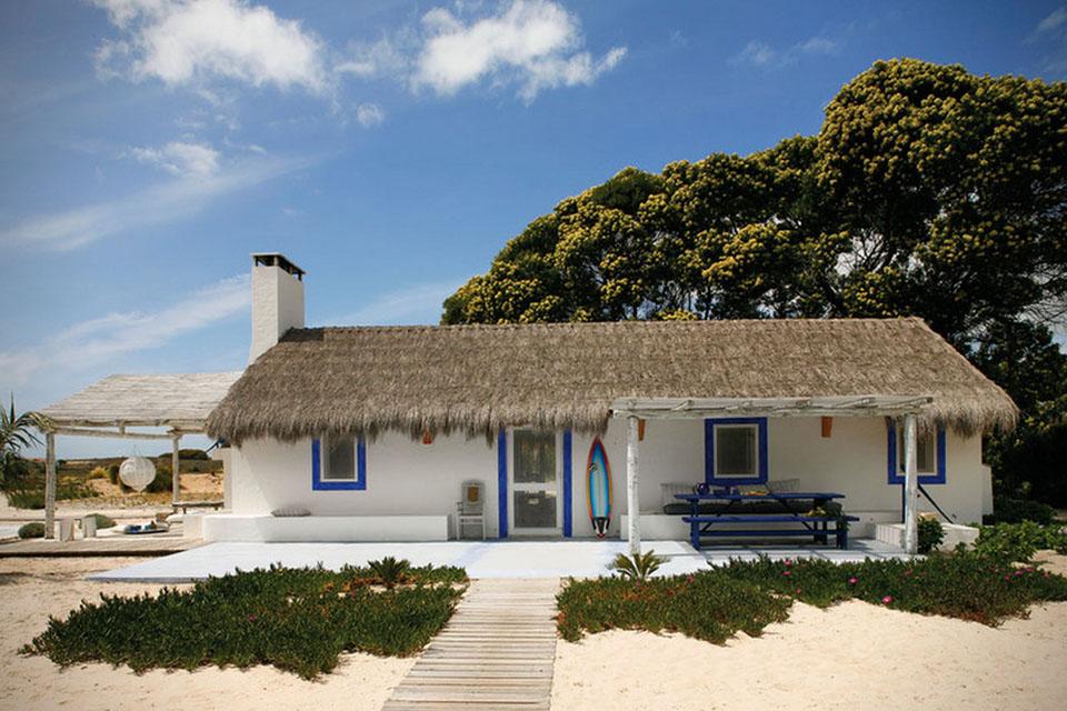 Sustainable Portuguese surfer cottage