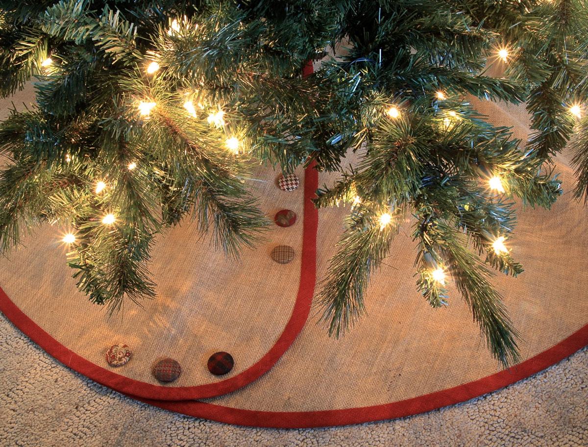 Burlap Christmas Tree Skirt - sample