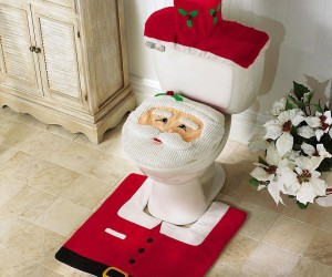 Holly Jolly bathroom with Santa toilet set