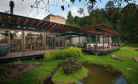 Floating Steel Structure Home