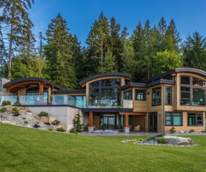 The grandeur of humility: stunning house design, Vancouver Island