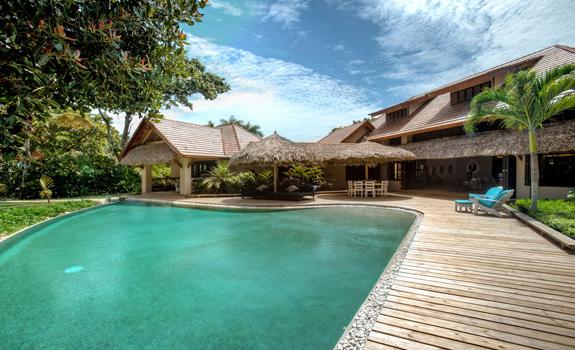 Luxury tropical villa