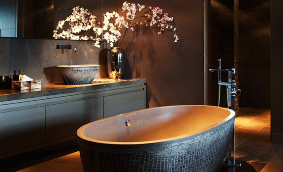 Dark luxurious bathroom