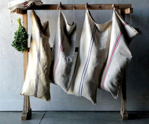 Old school favorites: vintage laundry sack