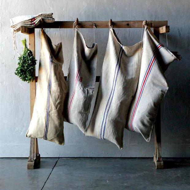 Old school favorites: vintage laundry sack