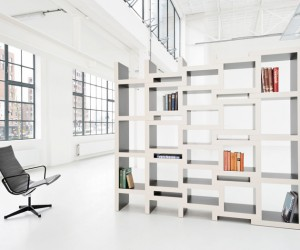 Zigzag shaped bookcase that extends on demand