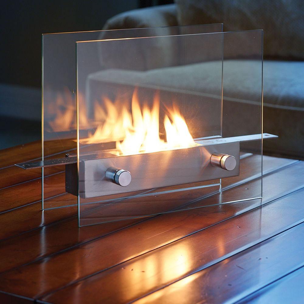 Modern styled tabletop fireplace