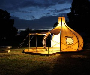 The Froute Tent bamboo pod