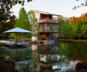 The Pond House at Ten Oaks Farm: Going Green All The Way